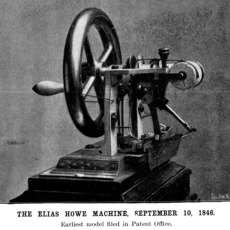 Ngày 10 tháng 9 năm 1846, Elias Howe được trao bằng sáng chế đầu tiên của Mỹ cho máy may lockstitch có quy trình sử dụng sợi chỉ từ hai nguồn khác nhau.